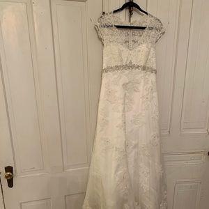David's Bridal Size 14 StyleT3299 Ivory Lace Dress